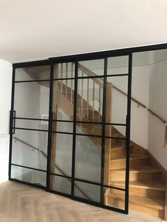 interieur-traprenovaties-texelMill Steel Panelovn Amazing Under Stair Storage Solutions To Spruce Up Your Home - -Gorgeou. Glass Barn Doors, Glass Door, Under Stairs Storage Solutions, Open Trap, Home Panel, Glass Stairs, Attic Bedrooms, Hawaii Homes, Stair Storage