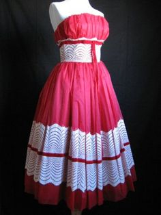 vintage dress, wish I could find someone to make some for me