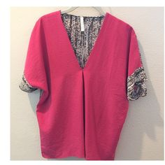 !! SALE !! SACHIN + BABI flowy blouse Worn Once! Gorgeous flowy blouse! Dark pink front with animal print on the sleeves and back of the blouse. Great with jeans, shorts, dress pants and skirts! Sachin + Babi Tops Blouses