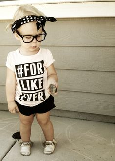 Cute outfit for littles! I want that shirt in adult size too! Fashion Tip 20 - Graphic Tee For Like Ever #kidsfashion