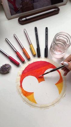 Disney Artwork, Disney Drawings, Drawing Disney, Disney Art Diy, Art Drawings Sketches Simple, Pencil Art Drawings, Hand Drawings, Dibujos Zentangle Art, Mandala Art Lesson