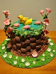 Edible Art | Torta pasquale inviata da Lily Casper alla nostra App per smartphone. Scaricala anche tu gratuitamente e inviaci le tue foto di torte decorate >> http://goo.gl/o4u1Cu