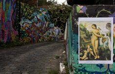 ARTE INFILTRADA. Reprodução de uma obra atribuída a Leonardo da Vinci surge num beco grafitado de São Paulo. Ela estará na mostra Mestres do Renascimento (Foto: Na Lata / Época SP)
