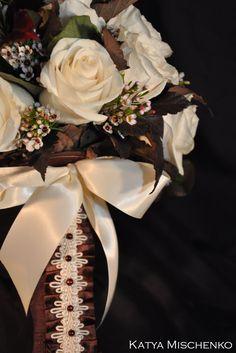 White & Brown bridal bouquet