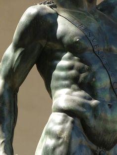 Firenze Piazza della Signoria - Perseus with the Head of Medusa detail, Benvenuto Cellini   #TuscanyAgriturismoGiratola