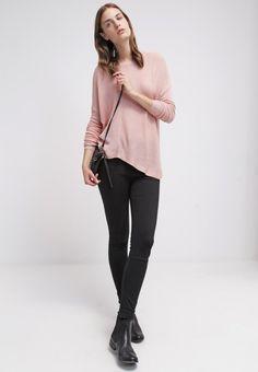 Sisley Maglione - pink € 60,00