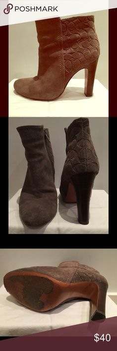 Coach ankle boots dark beige Gorge Coach ankle boots, worn a few times. Suede material in a dark beige. Coach Shoes Ankle Boots & Booties