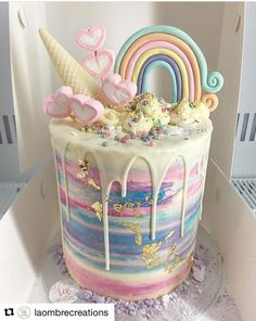 Unicorn cake -- looks SO yummy!