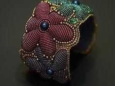 Mark on a two-day bulk embroidery bracelet Embroidery Bracelets, Bead Embroidery Jewelry, Beaded Bracelet Patterns, Jewelry Patterns, Beaded Embroidery, Beading Patterns, Beads Jewelry, Seed Bead Bracelets, Beaded Earrings
