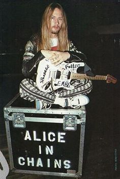 Jerry Cantrell, December 1991