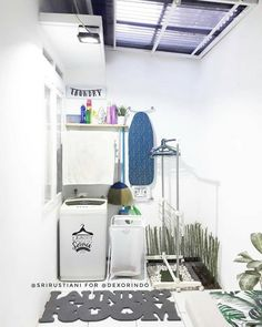 trendy home kitchen diy laundry rooms Outdoor Laundry Rooms, Small Laundry Rooms, Small Bathroom, Bathroom Art, Hobby Design, Diy Design, Design Ideas, Dirty Kitchen, Room Kitchen