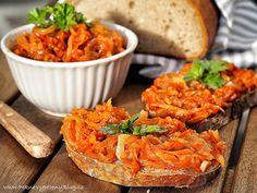 Pečená cuketa na chleba Bulgarian Recipes, Russian Recipes, Bulgarian Food, Vegan Life, Raw Vegan, Bruschetta, Tandoori Chicken, Pesto, Zucchini