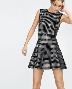 Image 2 of PATTERNED DRESS from Zara