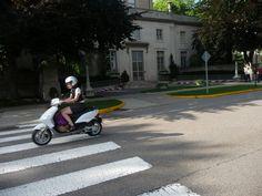 scooter crossin' MIT Memorial Drive