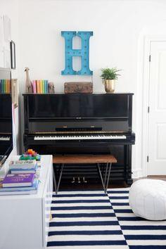 Una sala de estar para familias con hijos