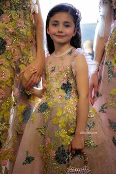 ALALOSHA: VOGUE ENFANTS: Dear Santa...I want smth from Elie Saab FW'17 Haute couture