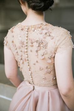 Gorgeous custom beaded gown: http://www.stylemepretty.com/vault/gallery/37746 | Photography: Jasmine Lee - http://jasmineleephotography.com/index3/
