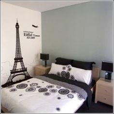 eiffel tower themed bedroom