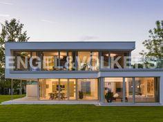 Haus in Friedrichshafen/ Bodensee - Außenansicht vorne (Musterhaus)