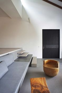 Interesting Home Interior with Minimalist Style: Unique Brookvale Home Interior With Minimalist Modern Living Room Design With Rustic Modern. Interior Stairs, Apartment Interior Design, Interior Architecture, Installation Architecture, Building Architecture, Home Modern, Modern Interior, Rustic Modern, Modern Living