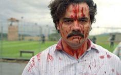 Torna Narcos: chi uccidera' Pablo Escobar? E' una delle piu' belle serie targate Netflix. Ora, il 2 settembre, arriva la seconda e ultima stagione di Narcos, sulle vicende del piu' famoso e ricco narcotrafficante della storia. Sappiamo gia' c #serietv #netflix #narcos #pabloescobar