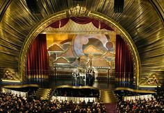 A fitting stage for an awards ceremony Stage Set Design, Theatre Design, Studio Design, Award Tour, Radio City Music Hall, Modern Masters, Academy Awards, Metallic Paint, Fiestas