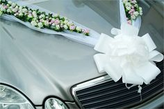 Mercedes Benz E Class - W 211 - Wedding car decorated with flowers and ribbons