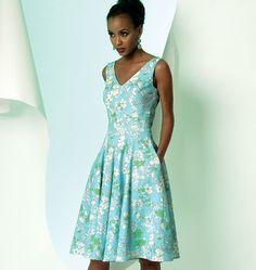 Vogue Pattern: V8997 Misses' Dress   Easy — jaycotts.co.uk - Sewing Supplies