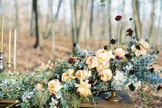 Photography : Brianna Wilbur Photography Read More on SMP: http://www.stylemepretty.com/2016/02/18/glamorous-woodsy-winter-wedding-inspiration/