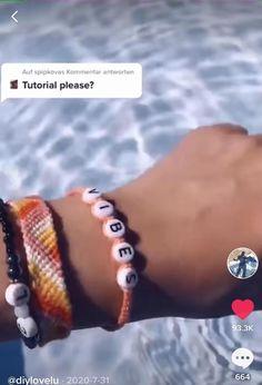 Diy Friendship Bracelets Tutorial, Diy Friendship Bracelets Patterns, Diy Bracelets Easy, Bracelet Tutorial, Handmade Bracelets, Handmade Wire Jewelry, Diy Crafts Jewelry, Bracelet Crafts, Diy Bracelet Designs