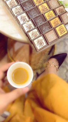 Stylish Girl Images, Stylish Girl Pic, But First Coffee, Coffee Love, Mood Instagram, Instagram Story Ideas, Slow Cooker Recipes Dessert, Pinterest Home Decor Ideas, Arabic Tattoo Quotes
