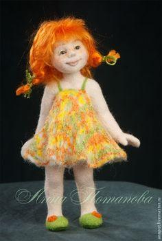 Купить Авторская войлочная кукла Веснушка - рыжий, девочка, забавная кукла, кукла с красивыми глазами