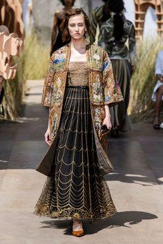 """Dior, autumn-winter 2017-2018, coat was embroidered in """"Visconti di Modrone"""" (Tarot deck) style"""