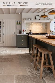 Stone Kitchen Floor, Country Kitchen Flooring, Barn Kitchen, Kitchen Dining Living, Home Decor Kitchen, Rustic Kitchen, Interior Design Kitchen, Home Kitchens, Tile Kitchen Floors