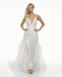 Take a look at every spectacular piece in Mark Zunino's Fall 2019 collection, right here. All photos provided by Mark Zunino. See more from Mark Zunino here. Wedding Dress With Feathers, Wrap Wedding Dress, Fall Wedding Gowns, Wedding Dress Pictures, Wedding Dresses Photos, Wedding Dress Trends, Designer Wedding Dresses, Wedding Ideas, Lace Wedding