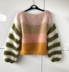 Hand Knitting, Knitting Patterns, Big Knits, Jumpsuit Pattern, Mohair Sweater, Apparel Design, Vintage Sewing, Knitwear, Knit Crochet