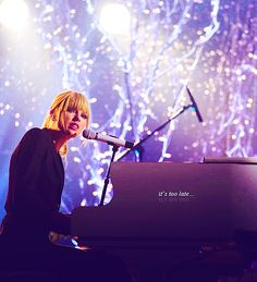 Back to December / You're Not Sorry / Apologize One of my favorite performances by her!