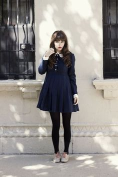 42 Pretty Winter Dress To Stand Out From The Crown - Street Style Pretty Outfits, Cute Outfits, Skirt Outfits, Look Fashion, Womens Fashion, Fashion 101, Mein Style, Winter Dresses, Dress Winter