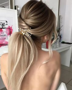 20 mature women hairstyles for 2019 - Frisuren 2019 - Frisyrer Summer Wedding Hairstyles, Homecoming Hairstyles, Bride Hairstyles, Bob Hairstyles, Straight Hairstyles, Hairstyle Wedding, Ponytail Wedding Hair, Bridesmaid Ponytail, Hairstyles For Bridesmaids