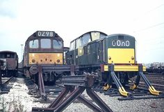 D8572 stands alongside Class 25 D7598 at Bescot Yard on 1st Sept 1969. D8572 was on it's way to Cashmore's for scrap even though only 5 years old. Built by Clayton Equipment Co. Ltd., Hatton, Derby and delivered to Haymarket Depot on 20th Jan 1964. Withdrawn on 28th June 1969 and cut up at Cashmore's, Great Bridge in June 1970. (John Chalcraft)