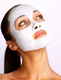 Baking Soda and Water Facial! Acts as a microdermabrasion to help clear acne. (3 parts baking soda, 1 part water)