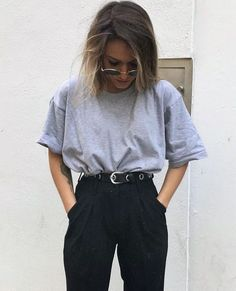 S einfaches outfit fashion beauty beauty einfaches fashion outfit beauty source by stylish outfits to try this fall Mode Outfits, Grunge Outfits, Casual Outfits, Girl Outfits, Fashion Outfits, Womens Fashion, Easy Outfits, Fashionable Outfits, Look Fashion