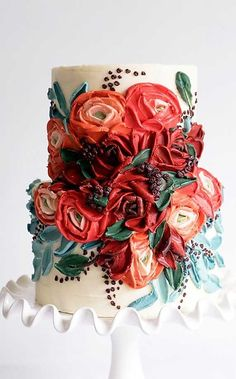 Just like bridal dresses, wedding cakes can also be trendy or obsolete. A traditional wedding cake is usually a white vanilla cake in towering stacked layers. However, we are onto year wedding cake trends are becoming more and more playful. Gorgeous Cakes, Pretty Cakes, Cute Cakes, Amazing Cakes, Bolo Cake, Traditional Wedding Cake, Cake Trends, Painted Cakes, Wedding Cake Designs
