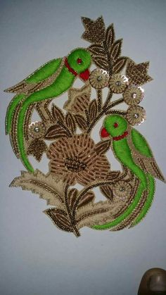 #pintrest@Dixna deol Hand Work Embroidery, Gold Embroidery, Hand Embroidery Designs, Embroidery Patterns, Maggam Work Designs, Gold Work, Bird Design, Saree Blouse Designs, Embroidered Flowers