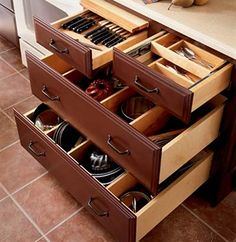 cooking utensil drawer