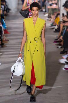 3.1 Phillip Lim Spring 2018 Ready-to-Wear  Fashion Show - Jourdana Phillips