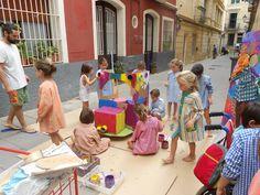 Taller de Creacions Col·lectives de nens/es entre 5 i 7 anys. Curset de juliol 2014/15. www.escolatrac.com