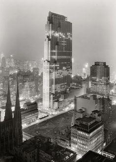 Rockefeller Center and RCA Building (now 30 Rock) New York NY (1933) | Photo : Gottscho-Schleisner