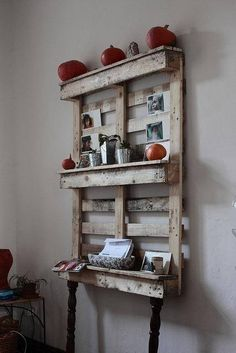 pallet shelf (photo only)