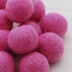 10 Felt Balls - 3cm - Tulip Pink